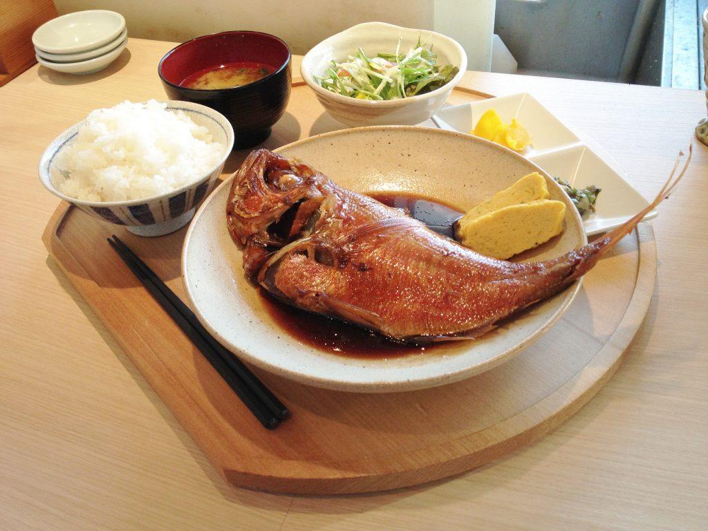 金目鯛の煮付定食(1)